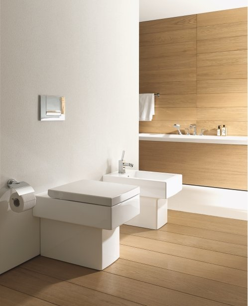 Duravit Vero Back-to-Wall WC and Bidet